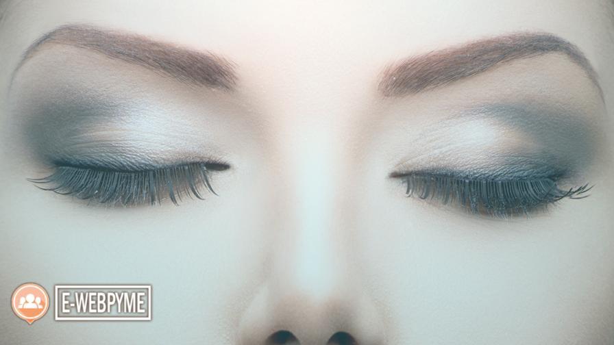 La Cirugía de elevación de cejas te rejuvenece